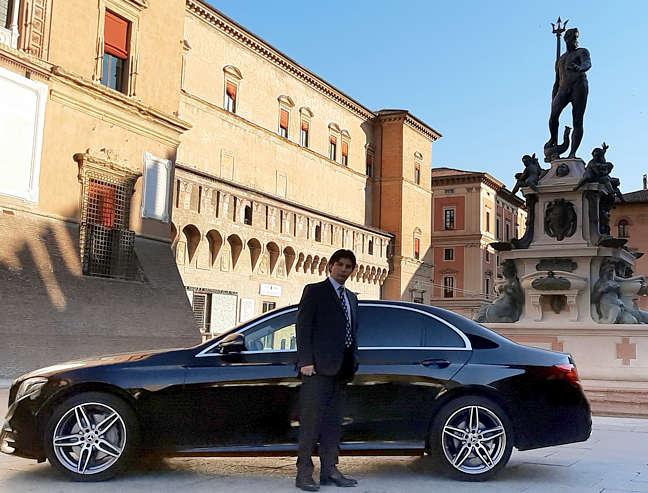 Noleggio con conducente per tour Bologna